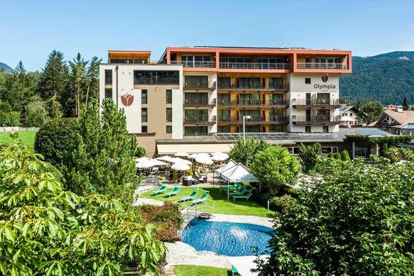 Foto estiva di presentazione Hotel Olympia