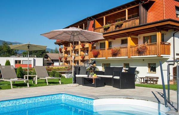 Sommer Präsentationsbild Hotel Reischach