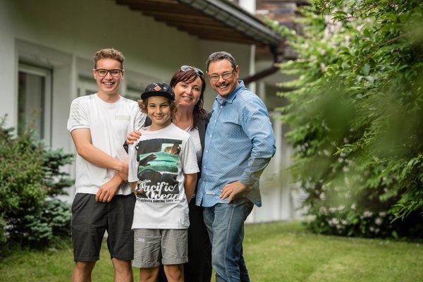 Pensione + Appartamenti Prack TradItDeEn [it=Brunico e dintorni, de=Bruneck und Umgebung, en=Brunico / Bruneck and surroundings]