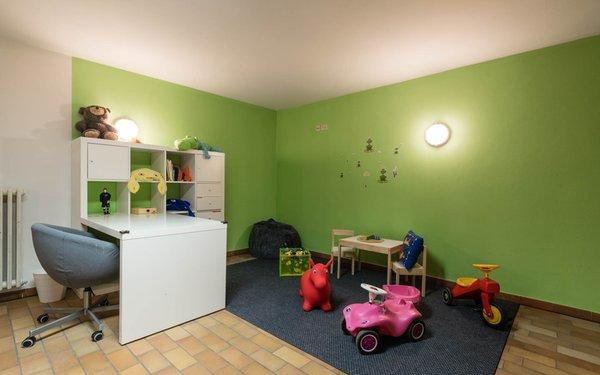 La sala giochi Pensione + Appartamenti Prack