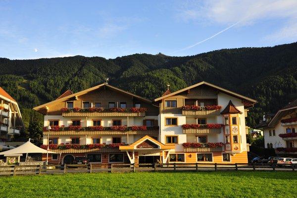 Sommer Präsentationsbild Hotel Tannenhof