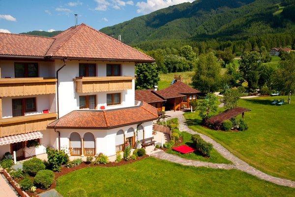 Foto esterno in estate Tannenhof