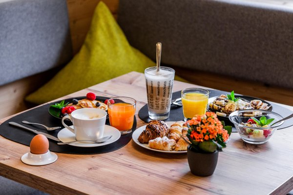The breakfast B&B Boutique Apartment Oberwiesen - B&B (Garni) + Apartments 3 stars sup.