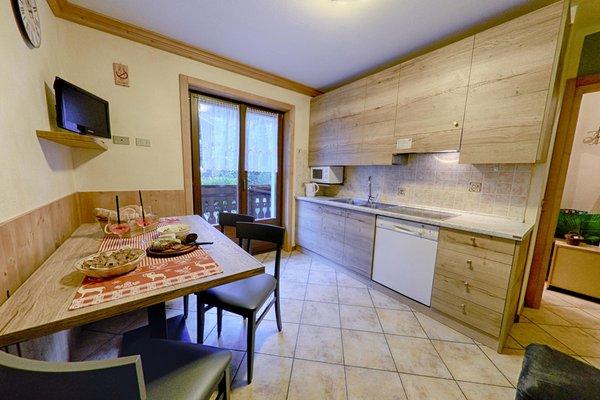 Foto der Küche Rosengarden Alpine Residence