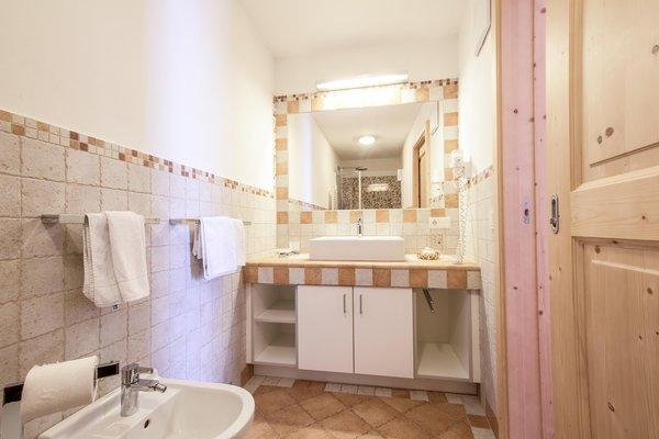 Foto del bagno Appartamenti Agriturismo Maso Runch-Hof