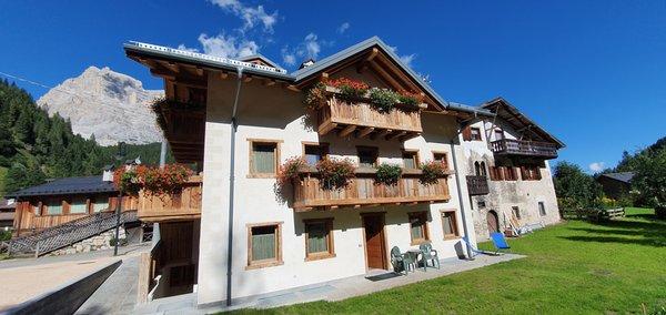 Foto esterno in estate Stella Alpina Suite
