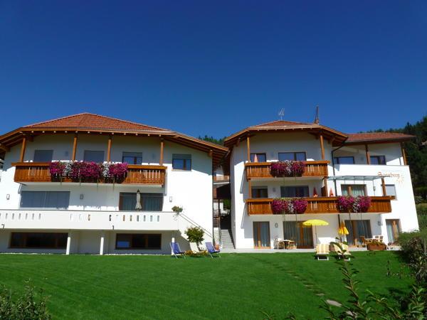 Foto esterno in estate Sonnberg