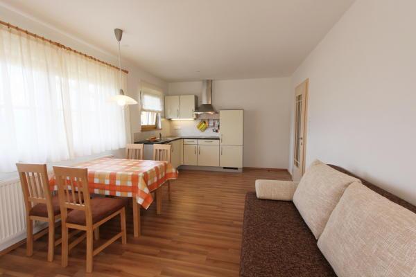 The living area B&B + Apartments Im Winkl