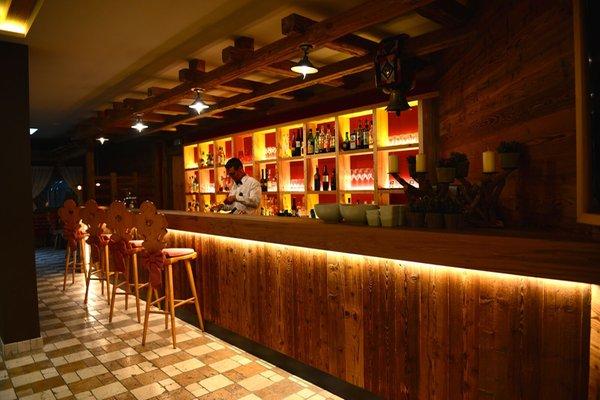 Foto von der Bar Hotel Dolomit Family Resort Garberhof