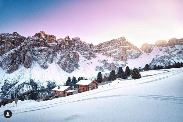 Foto invernale di presentazione Rifugio Ütia Ciampcios