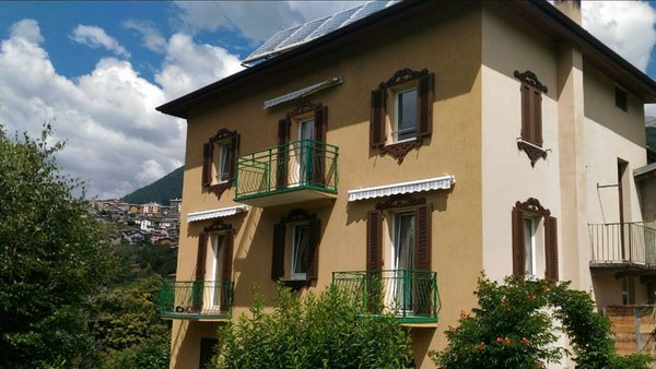 Foto esterno in estate Terrazzo sulle Alpi