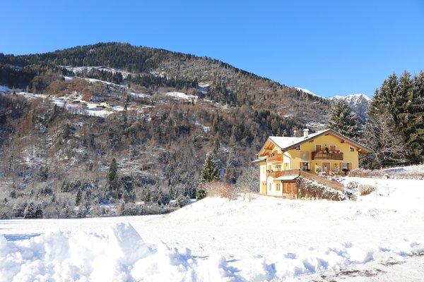 Foto esterno in inverno Eco-Baita Natura Spensierata