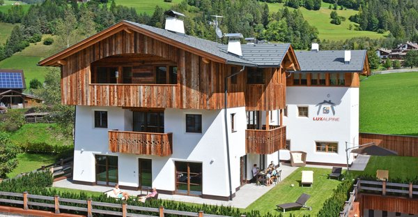 Summer presentation photo Apartments Mountainlodge Luxalpine