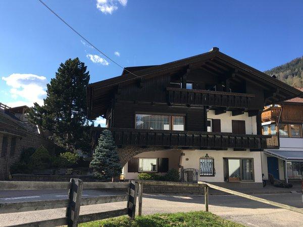 Foto estiva di presentazione Appartamenti Villa Erika