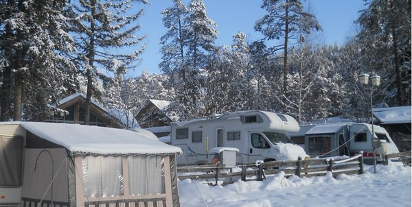 Photo exteriors in winter Camping Al Plan