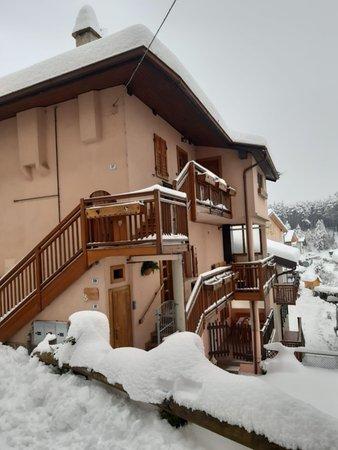 Foto invernale di presentazione Appartamenti Casa Bernardi