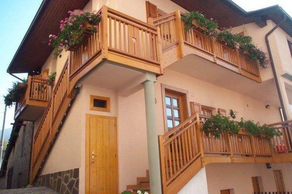 Foto estiva di presentazione Appartamenti Casa Bernardi