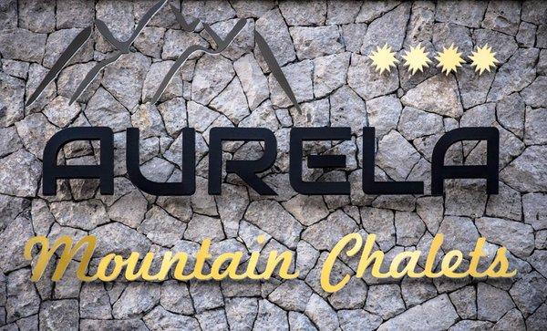 Logo Aurela Mountain Chalets
