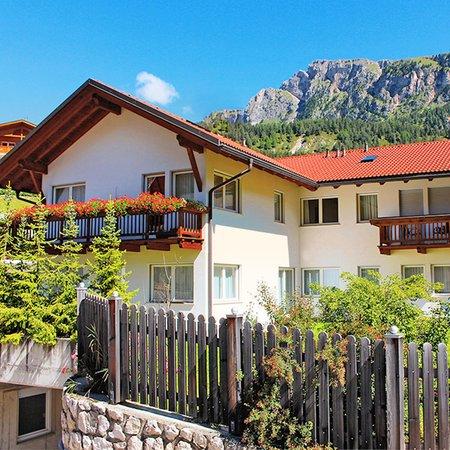Foto estiva di presentazione Chalet Villa Muse - Appartamenti