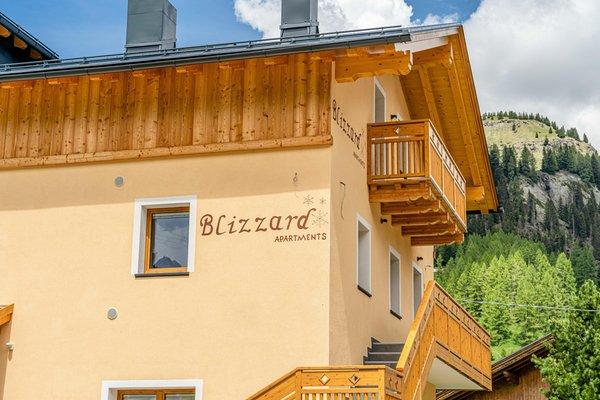 Foto esterno in estate Blizzard Apartments