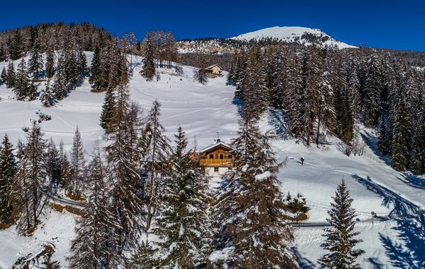 Foto esterno in inverno Chalet Aghel