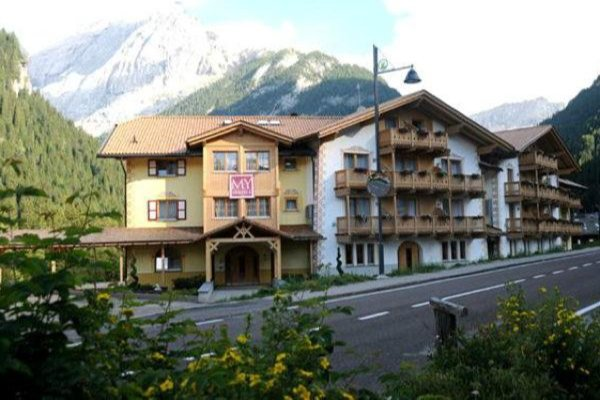 Hotel Villa Emma Alba Di Canazei