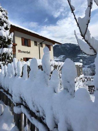 Photo exteriors in winter Mesnerhof