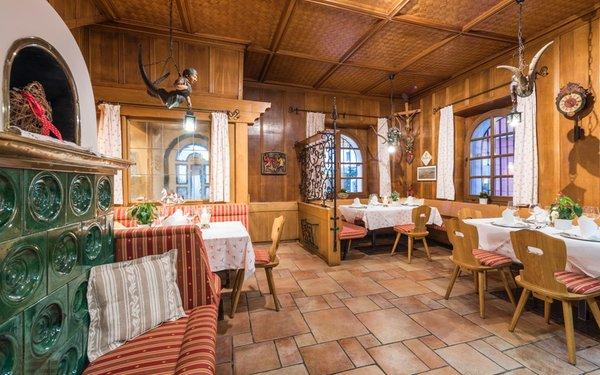The restaurant San Candido / Innichen Cavallino Bianco / Weisses Rössl