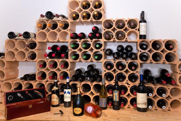 La cantina dei vini Arabba Boè Sports & Nature Hotel