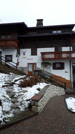 Winter presentation photo Apartments Bassot Guerino