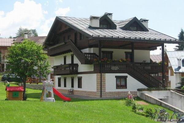 Foto estiva di presentazione Casa Piva - Appartamenti