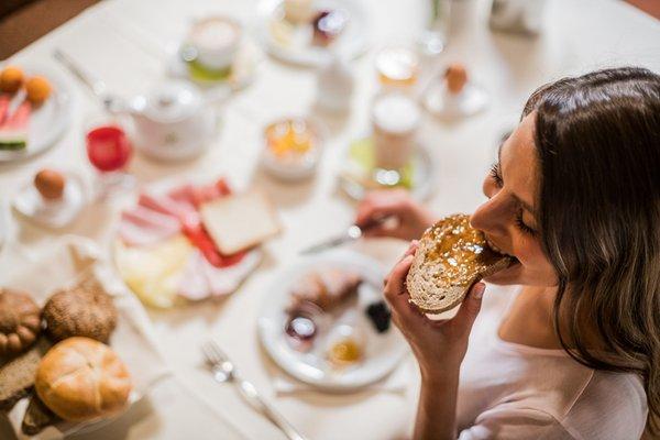 La colazione Hotel Alpenrose - Südtiroler Wirtshaushotel