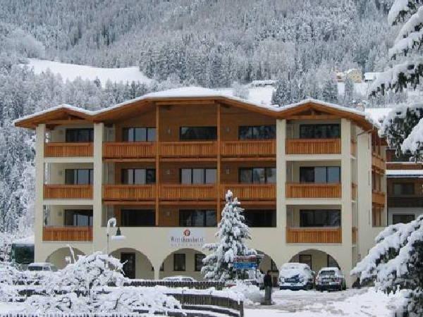 Foto invernale di presentazione Hotel Alpenrose - Südtiroler Wirtshaushotel