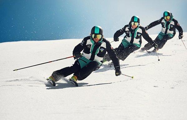 Presentation Photo Ski and snowboard school Dolomites