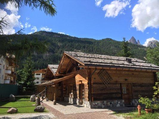 Foto esterno in estate Camping Catinaccio Rosengarten