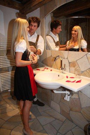 Photo of the bathroom Hotel Almdorf Haidenberg