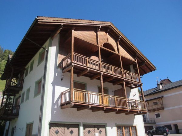 Foto estiva di presentazione Appartamenti House Marianna
