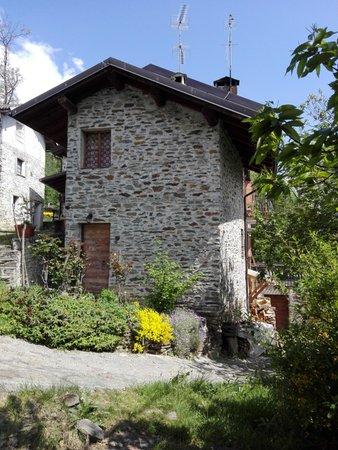 Foto estiva di presentazione Casa vacanze Chalet Simona