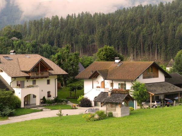 Foto esterno in estate Oberbinder