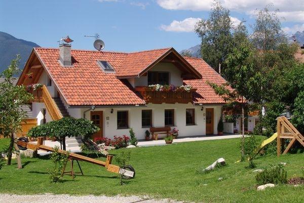 Foto estiva di presentazione Appartamenti in agriturismo Oberlindnerhof