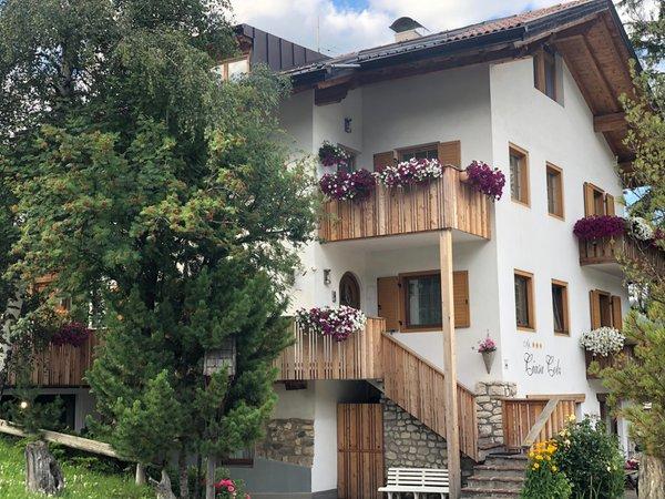 Foto estiva di presentazione Apartments Ciasa Colz