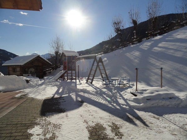 Foto esterno in inverno Pirchnerhof