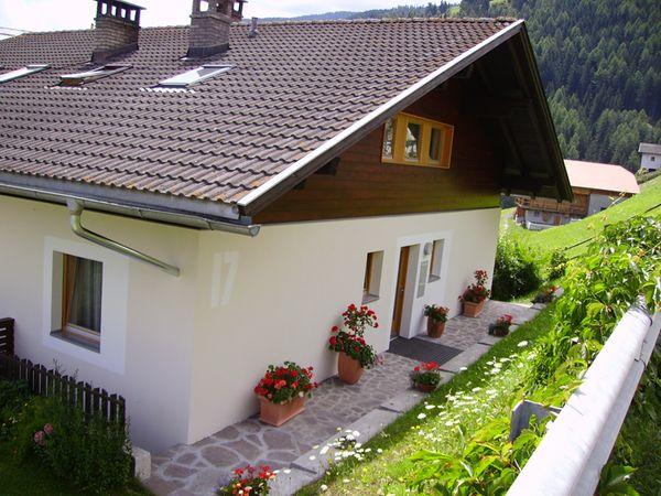 Foto esterno in estate Haus Tasser
