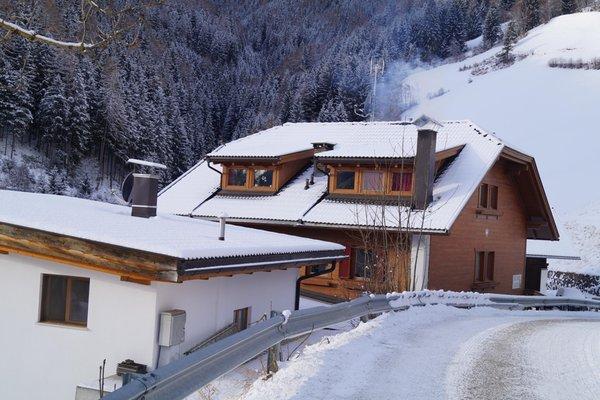 Foto esterno in inverno Thalerhof