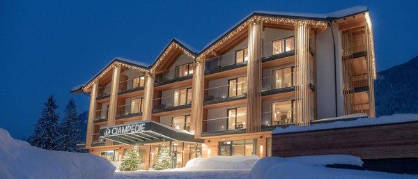 Winter Präsentationsbild Ciampedie Luxury Alpine Spa Hotel