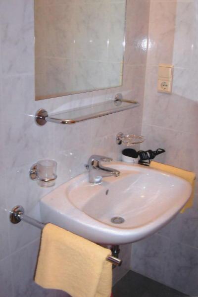 Foto del bagno Appartamenti in agriturismo Gattererhof
