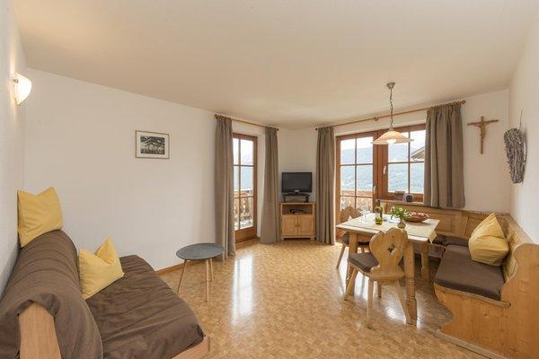 La zona giorno Appartamenti in agriturismo Unterguggenberghof