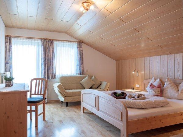 Foto della camera Appartamenti in agriturismo Marenklhof