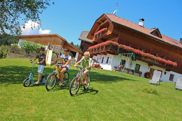 Foto esterno in estate Schmözlhof