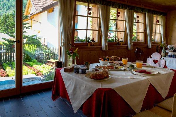 Das Frühstück Bed & Breakfast La Ücia by Fana Ladina